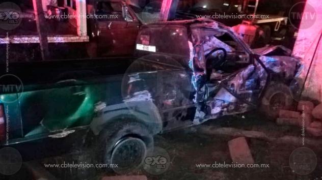 Muere conductor en choque de camioneta sobre la Morelia-Salamanca