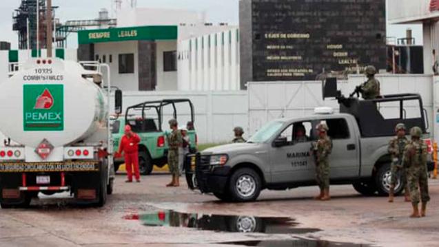 AMLO destinará 12 mil soldados para vigilar ductos de Pemex