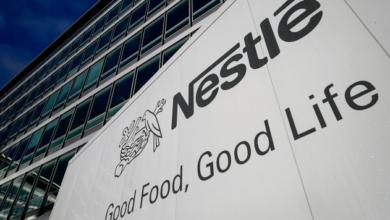 Nestlé eliminará los popotes de plástico de sus productos