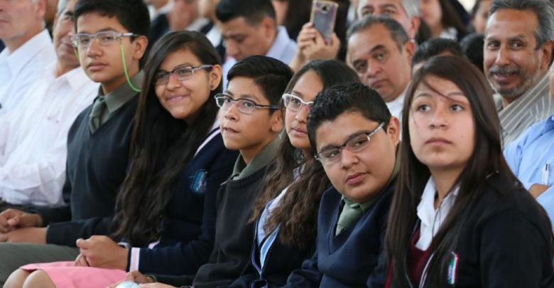 Secretario de Educación en Michoacán envía comunicado a todos los estudiantes del estado ante la falta del combustible