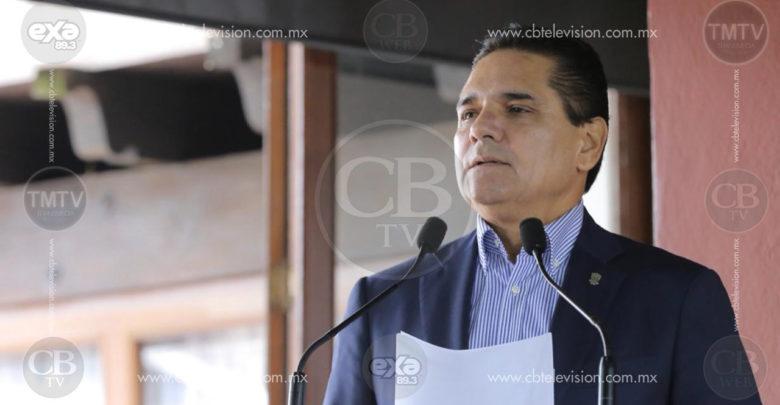Silvano dice que si sigue el desabasto de gasolina podrían suspenderse las clases