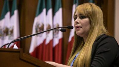 """Exdiputada tiene un hijo con """"El Chapo"""""""