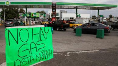 Gasolineras siguen cerradas en Jalisco debido a compras de pánico