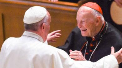 El Vaticano expulsa al excardenal McCarrick por cometer pedofilia