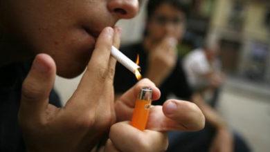 Diputada del PAN propone prohibir fumar afuera de escuelas y hospitales