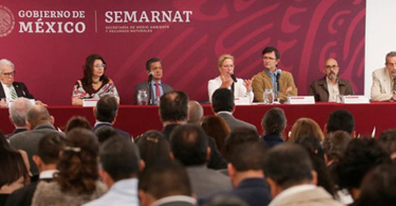 Acuerdan SEMARNAT y academia disminuir residuos sólidos en centros educativos del país