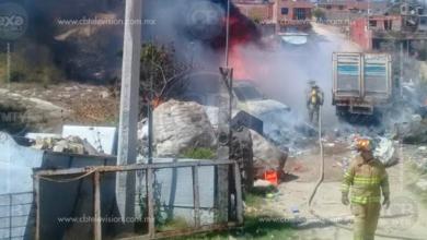 Arde recicladora de plásticos en Morelia