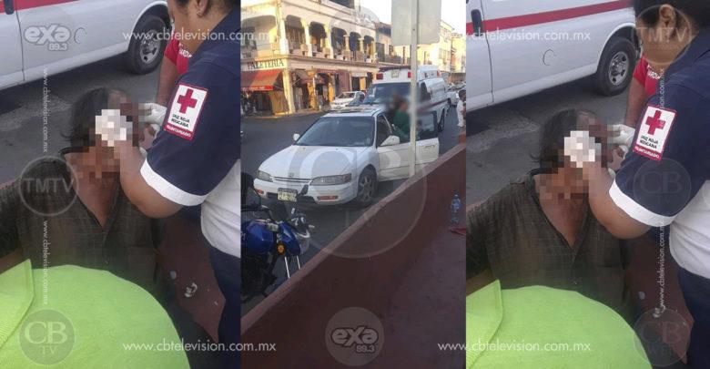 Anciano queda lesionado al ser atropellado por un auto