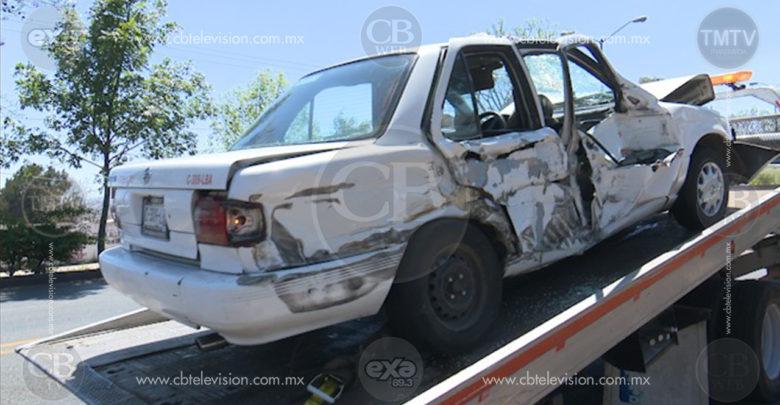 Dos lesionadas deja choque entre taxi y particular al Poniente de Morelia