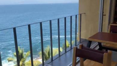 Video: Conoce este Oxxo con una hermosa vista al mar