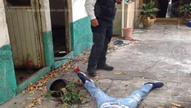 Asesinan a puñaladas a joven mujer al norte de Morelia