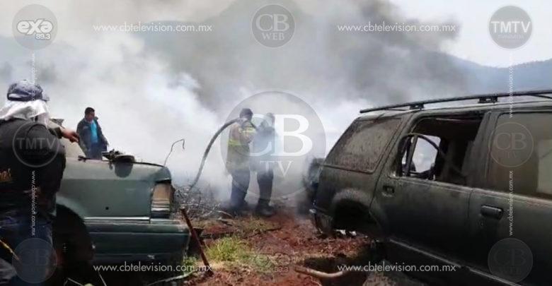 Se incendia deshuesadero en Zitácuaro