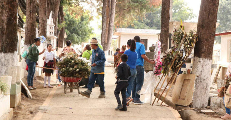 Realiza SUTEM faena de limpieza en el Panteón Municipal