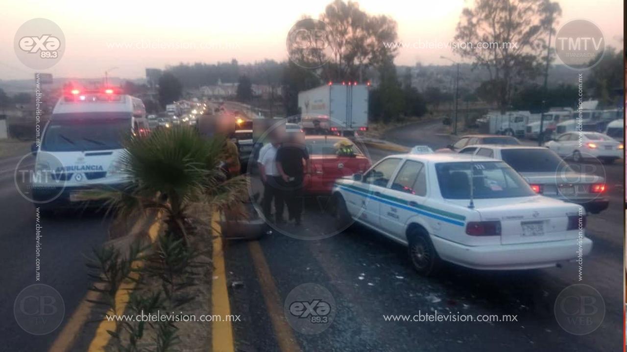 Seis vehículos chocan en la salida Salamanca