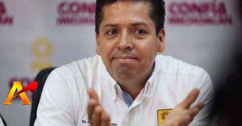 """García Conejo en la sombra; su """"trabajo"""" tiene a Michoacán en el olvido"""