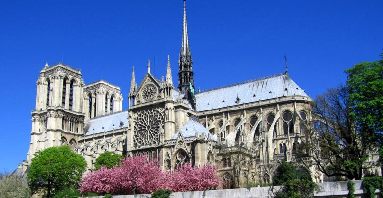 Las dos leyendas de la catedral de Notre Dame