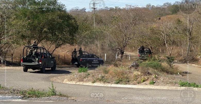 Recuperan vehículo que fue robado con violencia, en el municipio de Ario