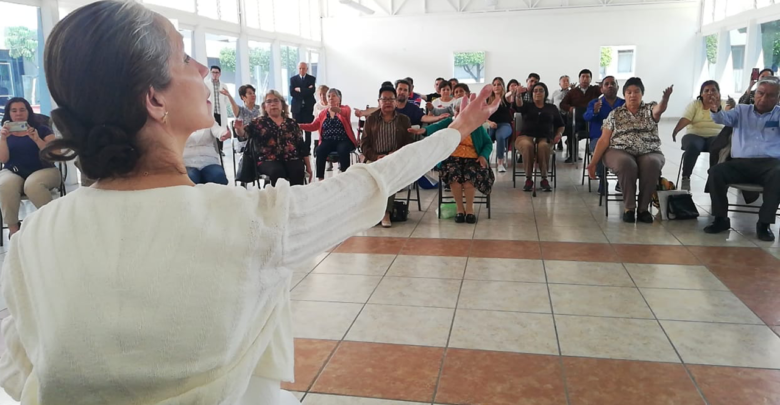 Implementa HGM terapia de rehabilitación con baile para tratar síntomas de Parkinson
