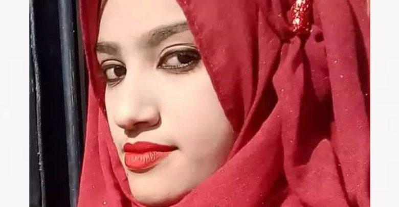 Queman viva a joven por denunciar acoso por parte del director de su escuela