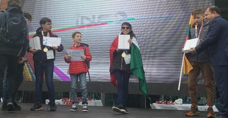 Niños de Oaxaca ganan concurso de robótica en Rumania