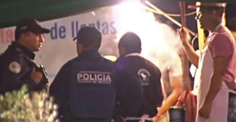 Roban armas de policías mientras cenaban tacos
