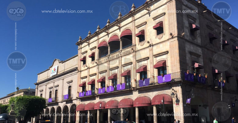 Presiona Ayuntamiento a extrabajadores del Hotel Virrey de Mendoza para que se retiren en su lucha