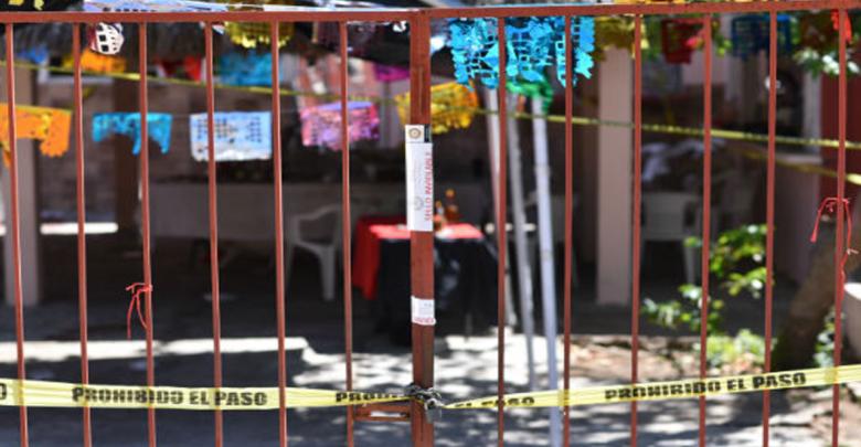 En pleno velorio, sujeto armado atacó a familiares de la masacre de Minatitlán