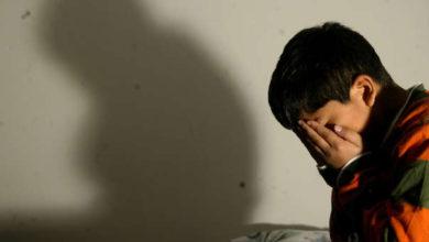 Dos menores abusan de un niño y lo contagian de sífilis y VIH