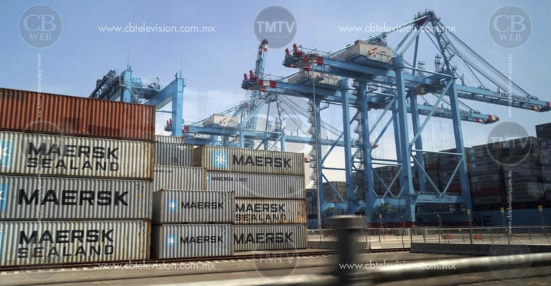 Abren dos contenedores en el puerto de Lázaro Cardenas y se roban ventiladores