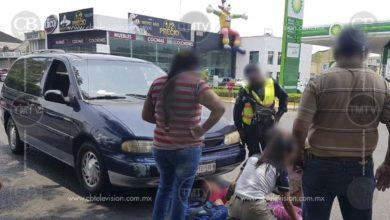 Peatona resulta herida al ser atropellada por camioneta en Zamora