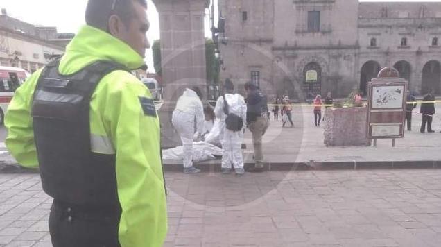 Mujer de la tercera edad muere en la Plaza Valladolid