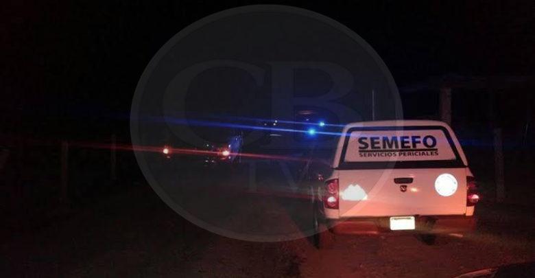 Asesinan a tiros a una mujer a una orilla de la carretera Cuitzeo