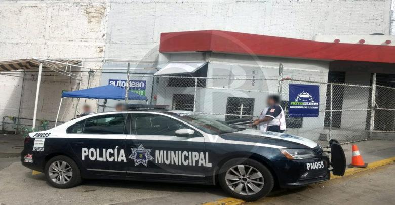 En intento de robo empleado es baleado en un autolavado de Morelia