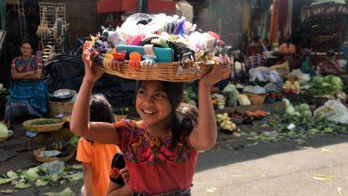 Photo of La falsa idealización de ser feliz con menos; historias de superación