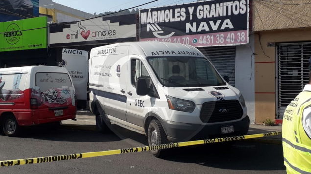 Asesinan a mujer dentro de negocio en Av. Camelinas