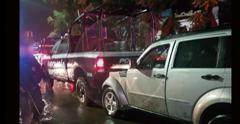 Ebrios chocan contra patrulla en Morelia