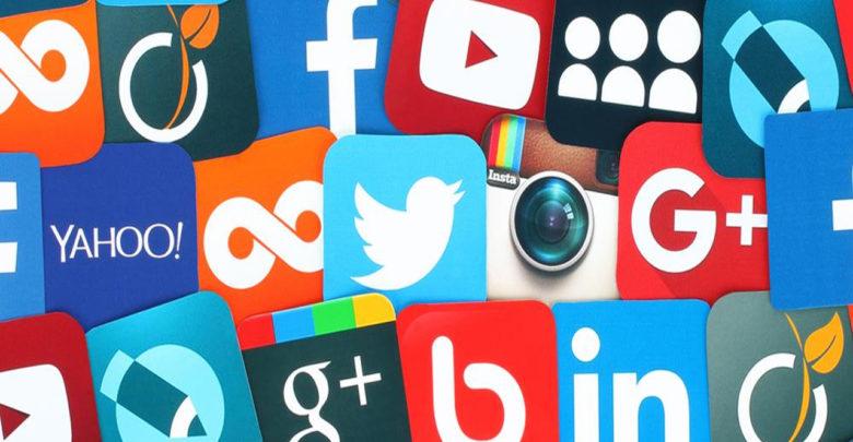 Las personas con más de 30 mil seguidores en redes sociales serían celebridades