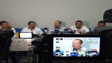 Taxistas denuncian agresiones de UBER ante Fiscalía del Estado