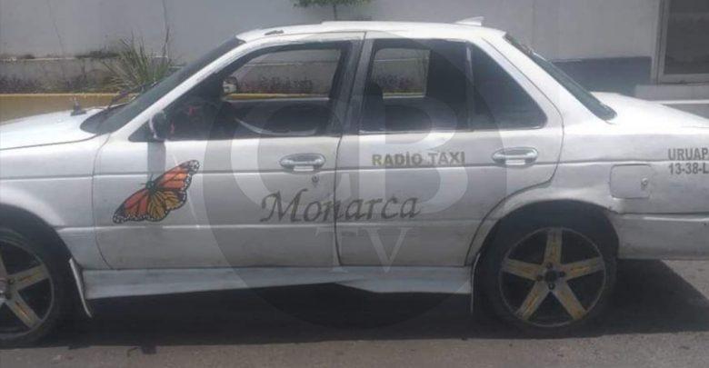 Arrestan a dos taxistas por traer unidades con reporte de robo