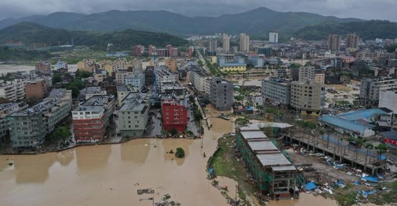 Más de 30 muertos tras tifón Lekima en China