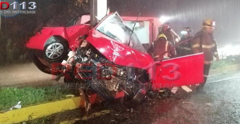 Fallece automovilista al chocar contra un árbol en la Morelia-Pátzcuaro