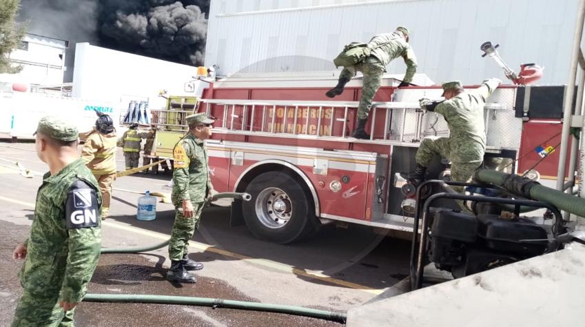 Sedena activa Plan DN-III-E por incendio en la Ciudad Industrial de Morelia