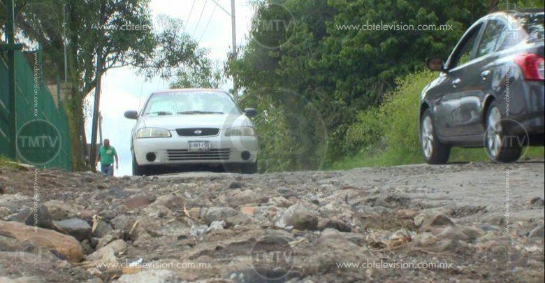 Calles en pésimo estado sobre av. San José del Cerrito