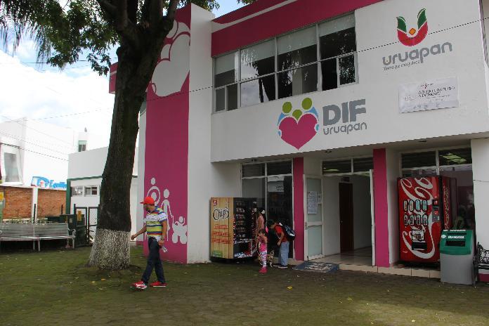 Arranca programa Tienda y Farmacia Municipal en Uruapan