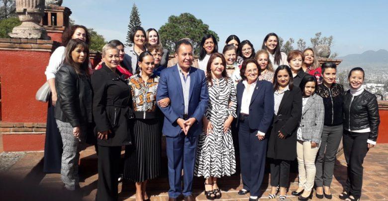 SEGOB se reúne con mujeres empresarias para apostarle al tema económico