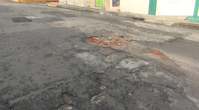 Vecinos de la colonia Obrera exigen una mejora inmediata en sus vialidades