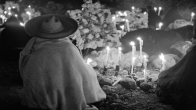 Photo of Día de muertos; delMiccailhuitontlia la fiesta de Todos los Santos