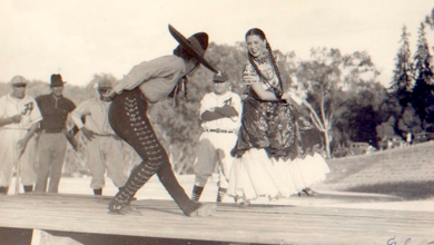 Photo of Nellie Campobello; bailarina narradora de la Revolución