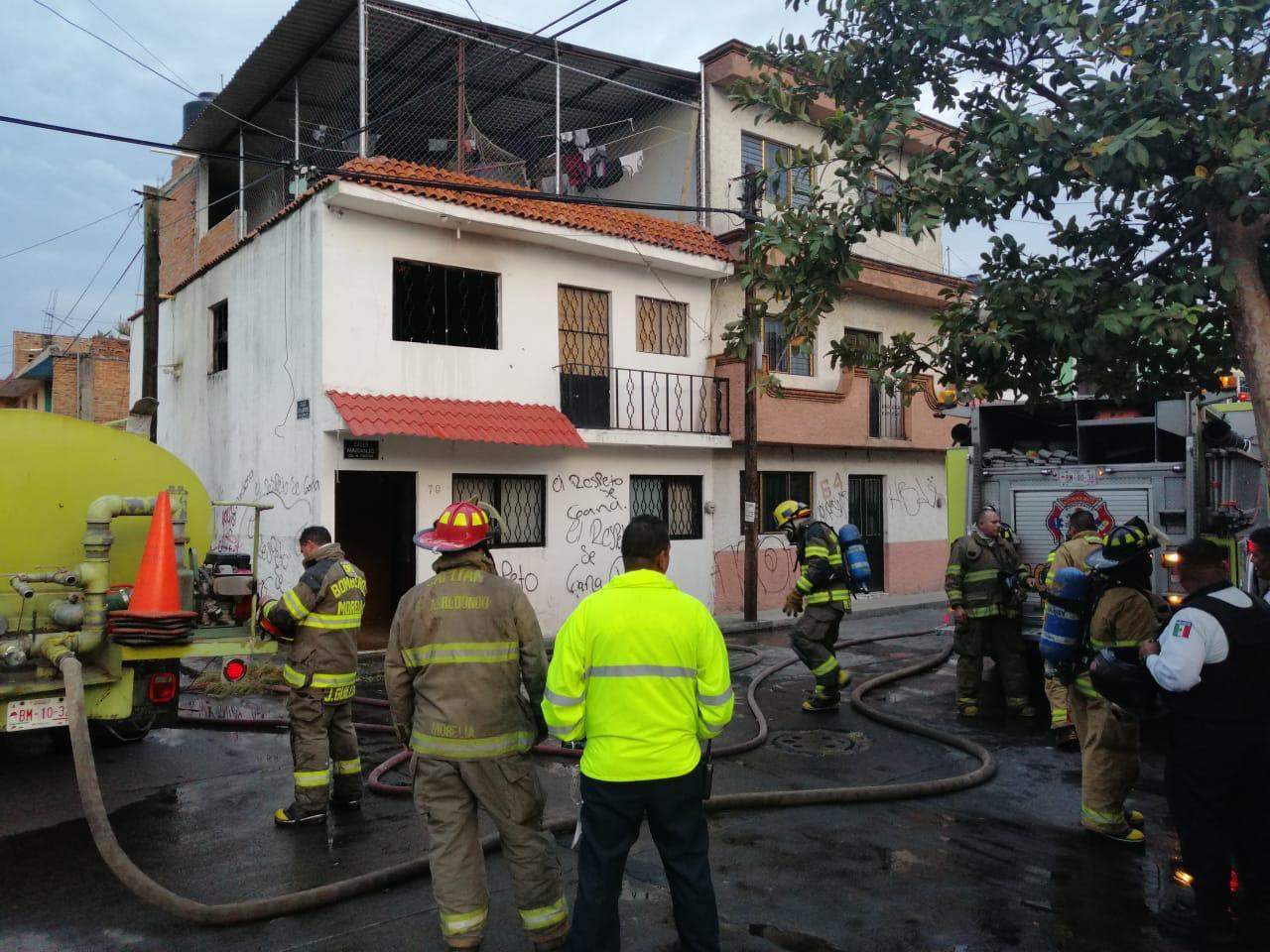 Incendio consume segunda planta de una vivienda en El Porvenir - CB Televisión