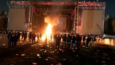"""Photo of Baterista de Evanescence llama """"imbéciles"""" a quienes quemaron su equipo en el KnotFest México"""